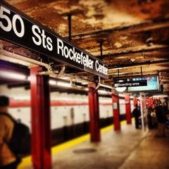 Photo taken at MTA Subway - 47th-50th St/Rockefeller Center (B/D/F/M) by Tim on 12/31/2012
