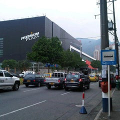 Photo taken at Premium Plaza Centro Comercial by PABLO M. on 4/19/2013
