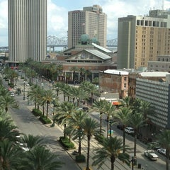 Photo taken at New Orleans Marriott by Ken on 5/23/2013