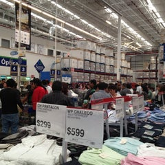 Photo taken at Sam's Club by Nide on 9/30/2012