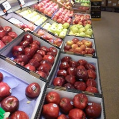 Photo taken at Giant by Raymond W. on 10/19/2014