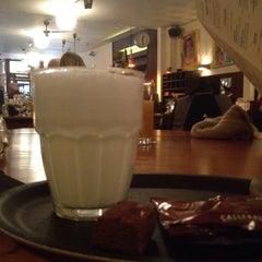 Photo taken at Café Anvers by Tuba Ş. on 2/7/2015
