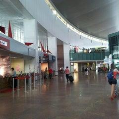 Photo taken at Aeroporto Internacional de Maceió / Zumbi dos Palmares (MCZ) by Patricia F. on 3/10/2013
