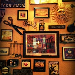 Photo taken at Carolina Kitchen by Dave B. on 9/26/2012