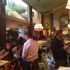 Photo taken at Restaurante Veranda by Jefferson M. on 12/13/2012
