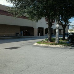 Photo taken at Winn-Dixie by Esther H. on 10/13/2012