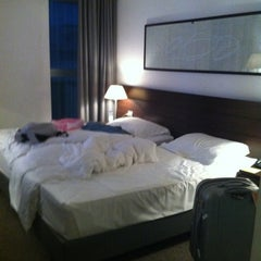 Photo taken at Four Points by Sheraton by 주환 on 10/6/2012