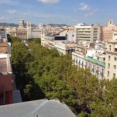 Photo taken at Le Méridien by Juan Carlos L. on 9/19/2013