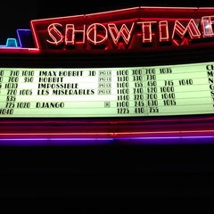 Photo taken at Edwards Fresno 22 & IMAX by Gentry on 1/5/2013