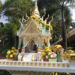 Photo taken at Kai Bae Hut Resort by Tatyanita A. on 1/29/2015
