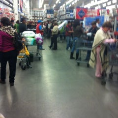 Photo taken at Sam's Club by Goyo O. on 11/18/2012