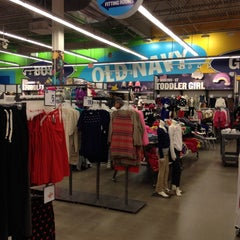 Photo taken at Old Navy by Harjit on 11/2/2013