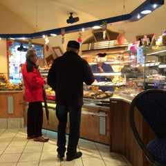 Photo taken at Bäckerei Hollander by Hadschi B. on 3/15/2015
