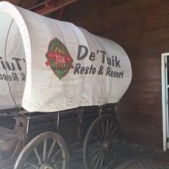 Photo taken at De Tuik Garden Cafe & Resort by Dipo L. on 9/6/2015