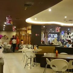 Photo taken at Solaria by Dipo L. on 12/25/2014