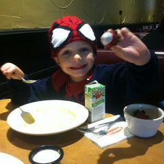 Photo taken at Jason's Deli by Jason F. on 11/2/2014
