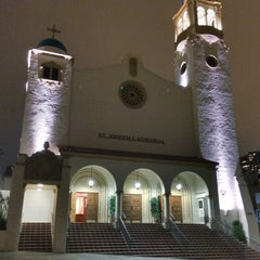 Photo taken at Saint Joseph Cathedral by toisan on 12/19/2013