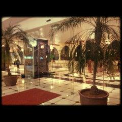 Photo taken at Hotel Istana by Rafiq R. on 5/26/2013