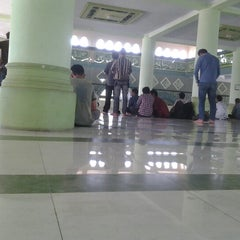 Photo taken at Masjid Umar bin Khattab UMI by Ai 2. on 11/9/2012