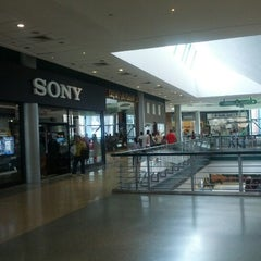 Photo taken at Centro Sambil by Christian T. on 9/29/2012