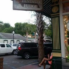 Photo taken at Fernandina's Fantastic Fudge by Lugzey on 5/31/2014