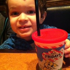 Photo taken at TGI Fridays by Crystal on 5/26/2013