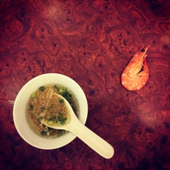 Photo taken at Golden Fortune Seafood Restaurant by Mark Oliver C. on 5/6/2015