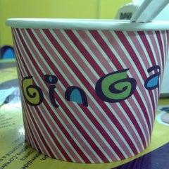 Photo taken at Ginga by Camila C. on 9/20/2012