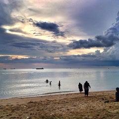 Photo taken at Pantai Puteri by Farhan A. on 12/20/2012