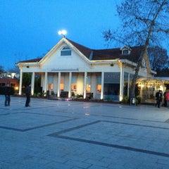 Photo taken at Kıyı Emniyet Restaurant by TYFN on 2/2/2014