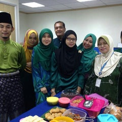 Photo taken at Lembaga Hasil Dalam Negeri (LHDN) by Zahin A. on 7/31/2015
