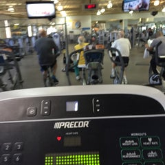 Photo taken at 24 Hour Fitness by Таня on 4/5/2016