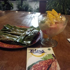 Photo taken at Telaga Seafood Restaurant by Ami S. on 8/27/2014