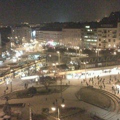 Photo taken at Széll Kálmán tér by Laura S. on 2/21/2013