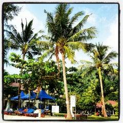 Photo taken at คลองพร้าว รีสอร์ต (Klong Prao Resort Koh Chang) by Aleksandr S. on 2/10/2013