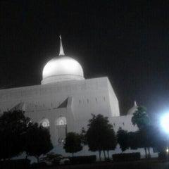 Photo taken at Masjid Mazoon by adn on 7/20/2013