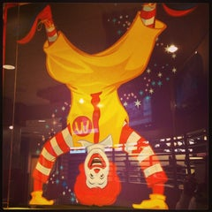 Photo taken at McDonald's by McKaren_MBA on 2/5/2013