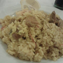 Photo taken at Restaurante Las Navas by Lourdes Z. on 2/6/2013
