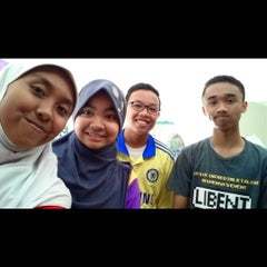 Photo taken at SMA Negeri 5 Surabaya by Muhammad L. on 8/14/2015