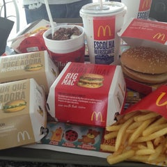 Photo taken at McDonald's by Leticia E. on 11/14/2012