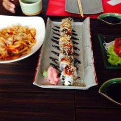 Photo taken at Sushi Nobu by reza fahlevi™ on 3/27/2014