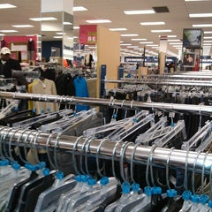Photo taken at Marshalls by Zay H. on 10/13/2012