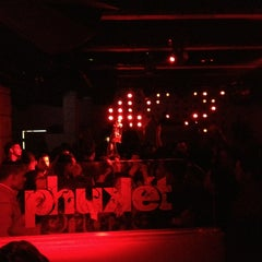 Photo taken at Phukét Lounge by Olivier K. on 1/18/2013