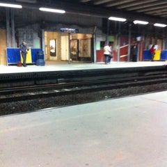 Photo taken at Gare de Bruxelles-Schuman / Station Brussel-Schuman by Kevin M. on 12/12/2012