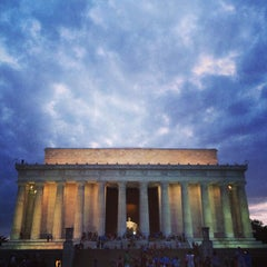 Photo taken at Lincoln Memorial by Angelica on 7/25/2013