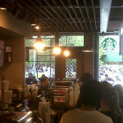 Photo taken at Starbucks by Marcelo O. on 10/7/2012