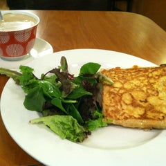 Photo taken at Crepes Parisiennes by Kelsey S. on 11/14/2012