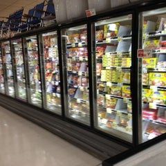 Photo taken at ShopRite by Lawrence A. on 8/7/2012