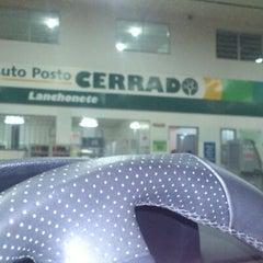 Photo taken at Auto Posto Cerrado by Wesley d. on 1/23/2013