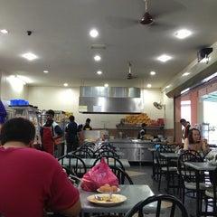 Photo taken at Restoran Al-Shafar Corner by نظر شه ع. on 2/13/2013
